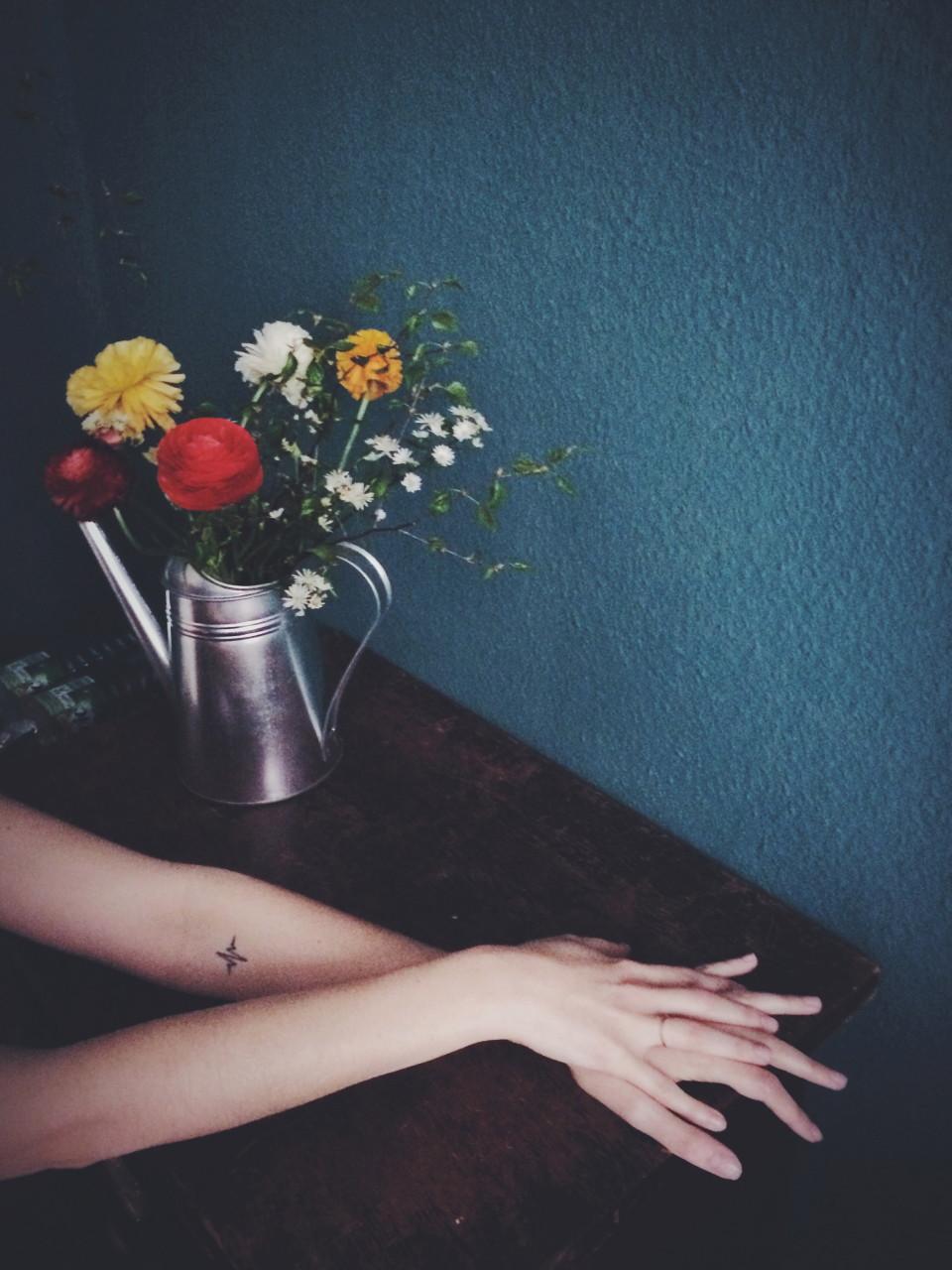 Hände Blumen