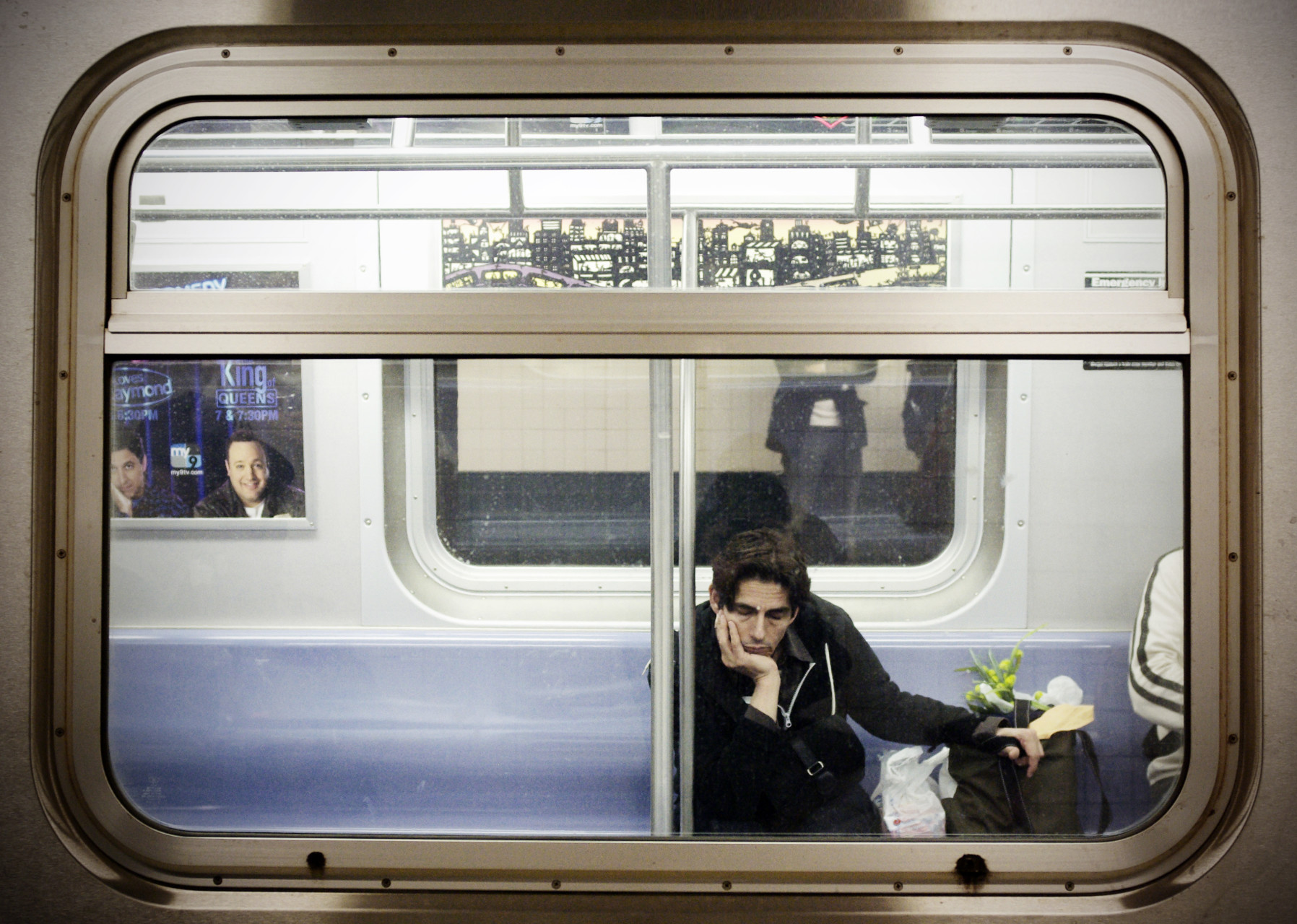 Man-in-subway-New-York_IGP9026b