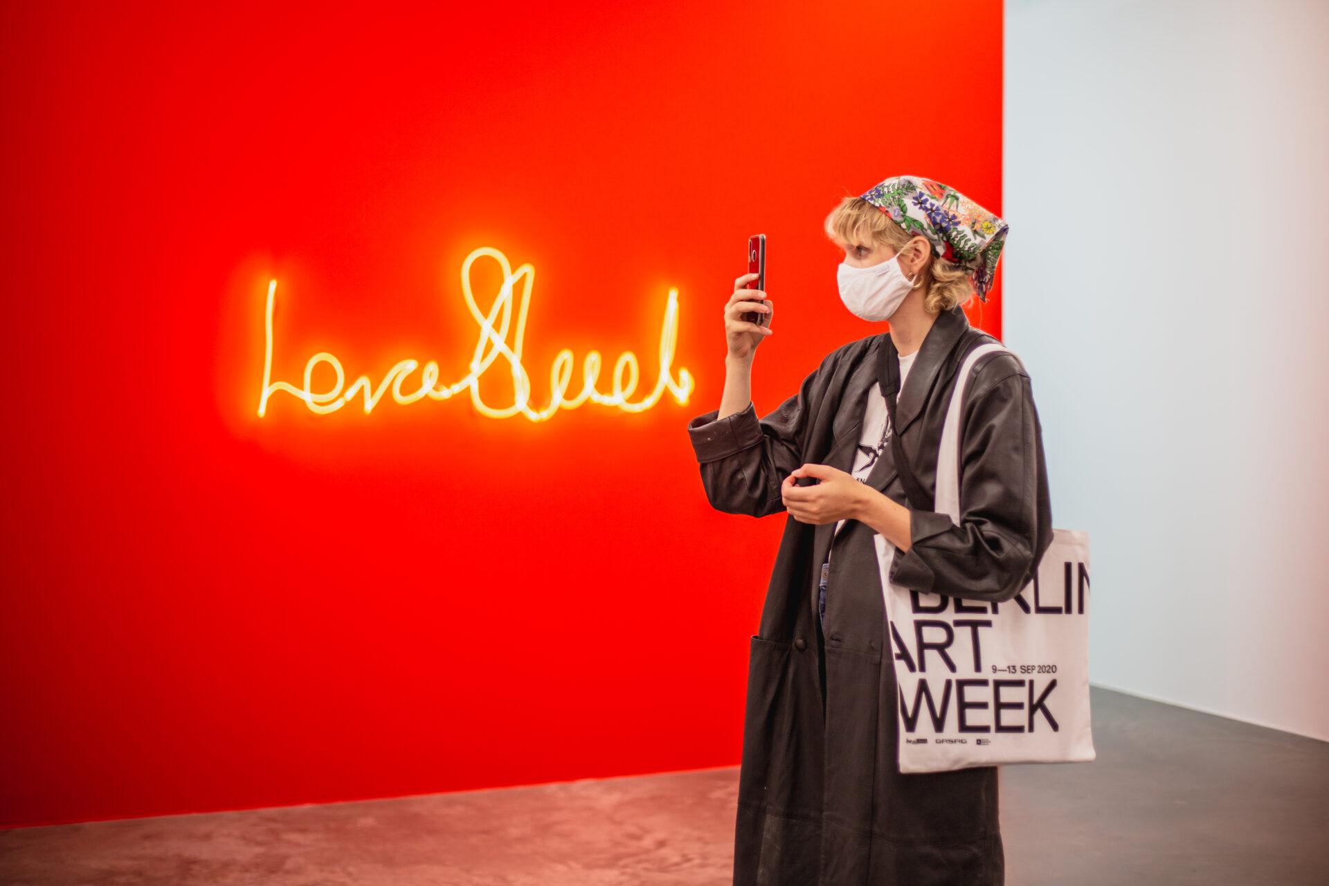 Berlin-Art-Week-2020_103155_Carolin-Weinkopf