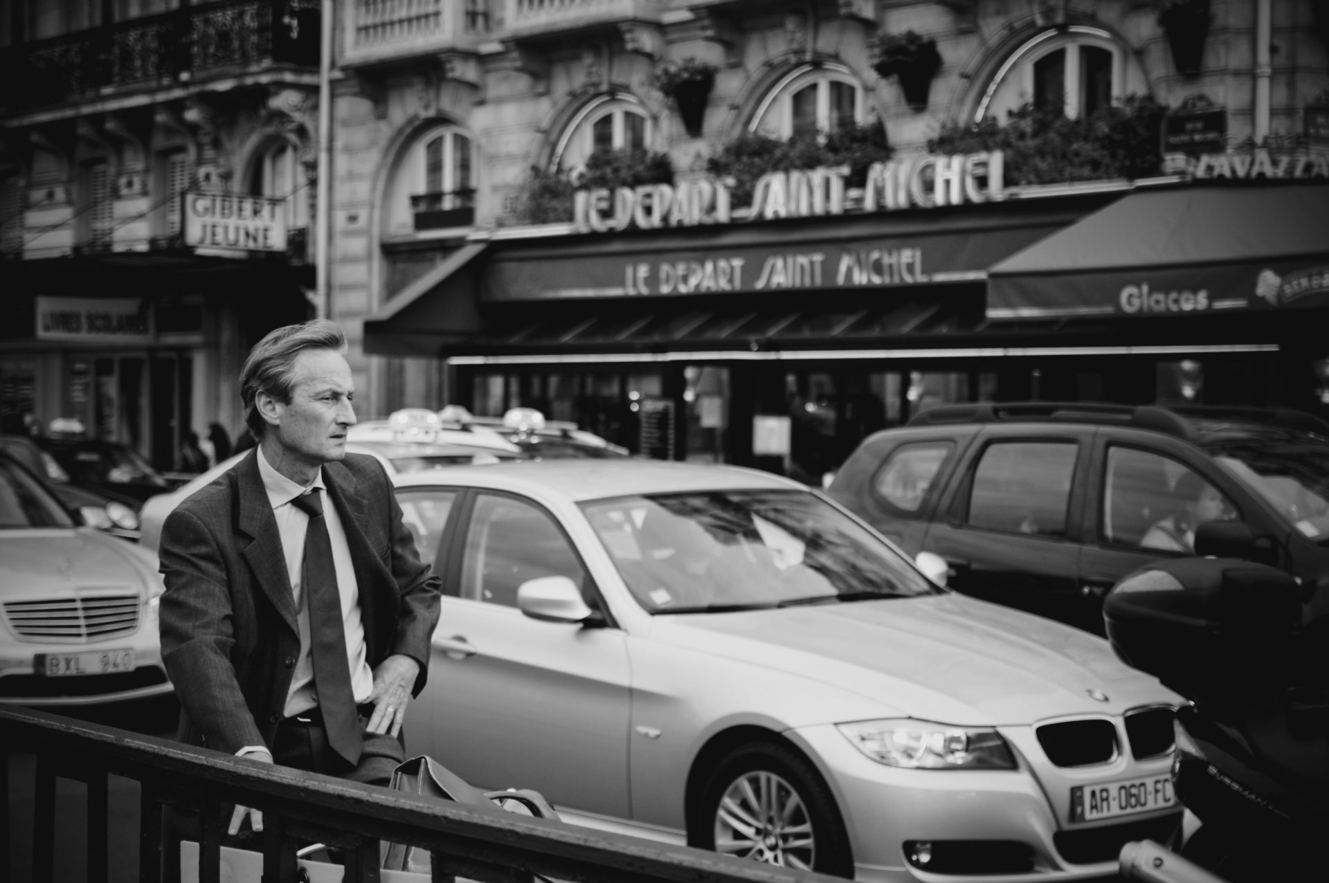 Street-Photography-Paris_IGP3833sw_Carolin-Weinkopf